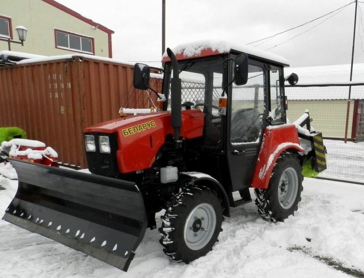 Услуги трактора Уборка улиц и дорог от снега - Петрозаводск, цены, предложения специалистов